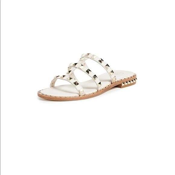(Valentino) Ash Pop Stud Sandal (white) 🤍